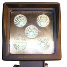 "LED WORKLAMP <BR>(SQUARE) <BR>5 x 3w LED <BR>10V - 30V  <BR>""BEST SELLER""<BR> ALT/LEDV78"